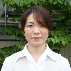 中村 マユミ